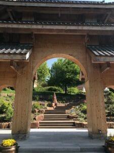 Kloster Buddhas Weg Eingang